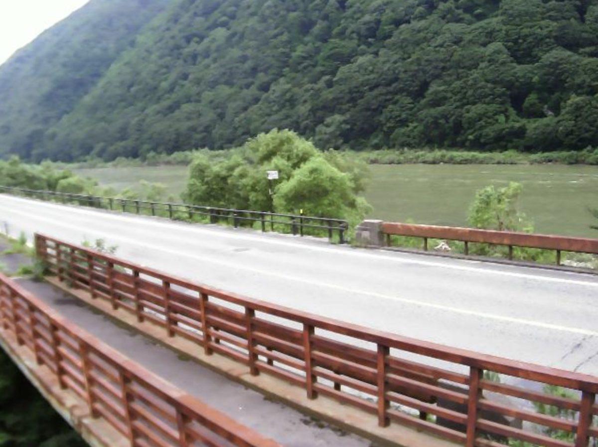 最上川 ライブカメラ(土湯)と雨雲レーダー/山形県戸沢村