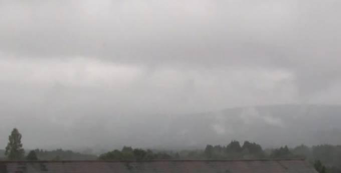 新燃岳ライブカメラ(UMKテレビ)と雨雲レーダー/宮崎県高原町
