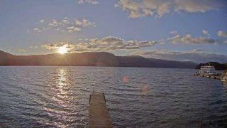 十和田湖 ライブカメラ(十和田湖マリーナ)と雨雲レーダー/青森県十和田市