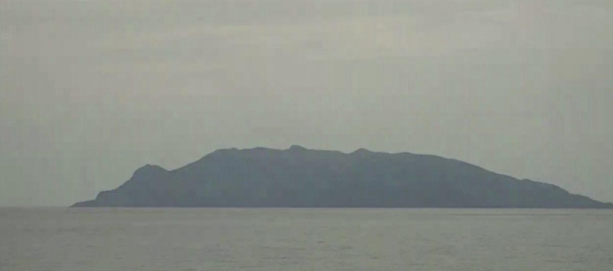 口永良部島 噴火警戒レベル3ライブカメラ(NHK)と雨雲レーダー/鹿児島県屋久島町